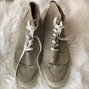 NEW LISTING!! Dockers Hightop canvas shoes